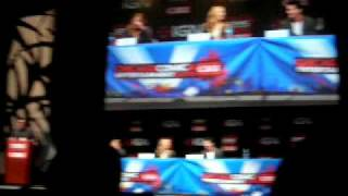 "C2E2: Michael Trevino, Candice Accola, and Julie Plec talk ""teasers"" {3/19/11}"