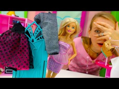 Куклы: Барби и Маша пошли на шопинг. Видео для девочек