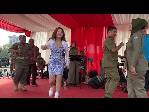 Download Irma Darmawangsa Hut Satpol PP 'sir gobang gosir' Mp4 baru