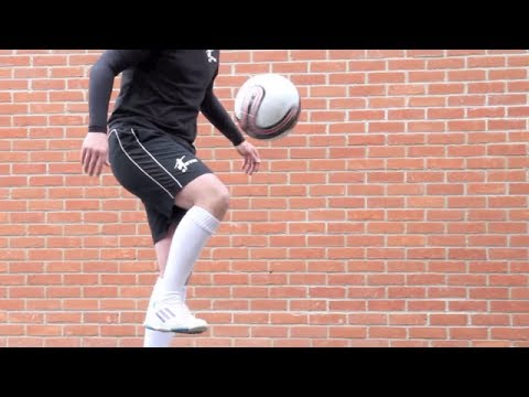 Knee Akka - Learn panna: Street football skills