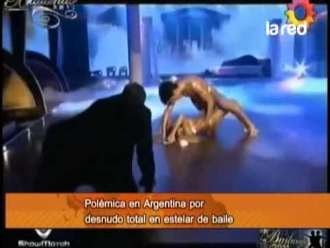 Noticias en la web: polémica en Argentina por desnudo total en estelar