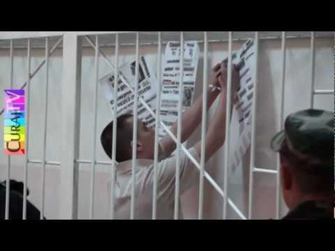 Protest în cușcă la Curtea de apel Chișinău
