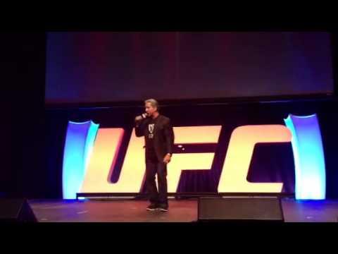 Bruce Buffer Kicks Off the 2013 UFC Fan Expo in Las Vegas