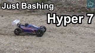 Hobao Hyper 7 Nitro Buggy 5 mins of BASHING!