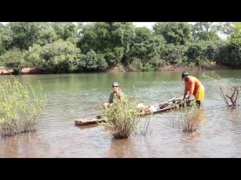 'Serious expedition work' - dug out canoe across the River Gambia, Senegal MVI_0680.MOV