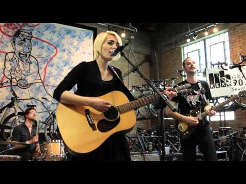 Jessica Lea Mayfield - Blue Skies Again
