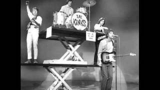 Watch Kinks Louie Louie video