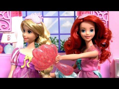 Disney Princess Ariel & Rapunzel Royal Slumber Party having Sleepover at Barbie Glam Vacation House