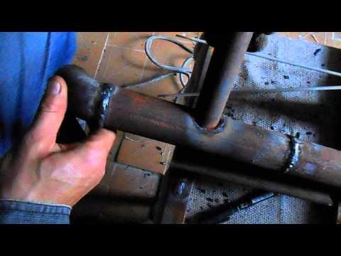 Как сделать врезку одной трубы в другую электросваркой