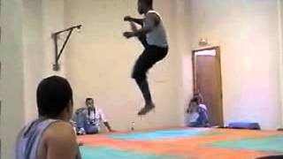Tricking 2013 Vs Capoeira