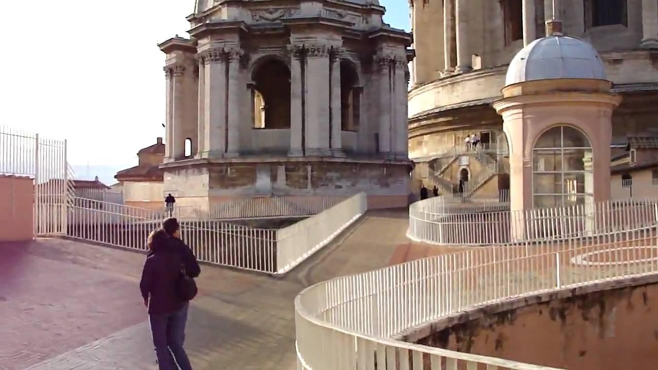 Le Scale Della Basilica Di San Pietro Youtube
