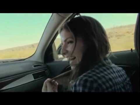 End of Watch - Singing in the car [Anna Kendrick & Jake Gyllenhaal]