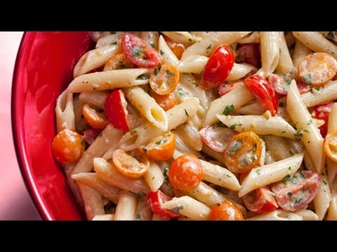 How to Make Easy No-Cook Tomato Sauce &#8211; The Easiest Way