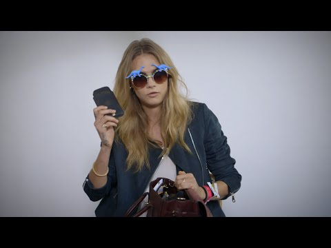 What's in Cara Delevingne's Mulberry Festival Bag?