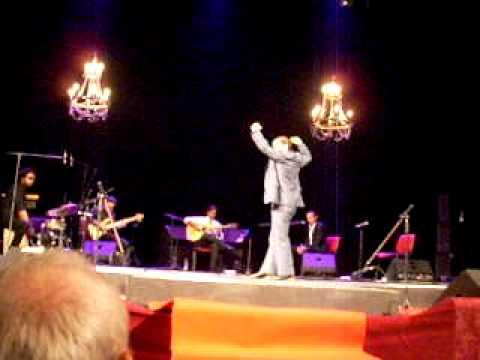 Concierto de Niño Josele. Alfonso Losa bailando flamenco EN ALBANIA.