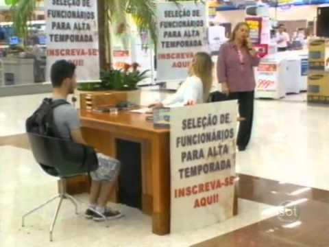 Programa Silvio Santos - Câmera Escondida: Aleijada Passa a Perna