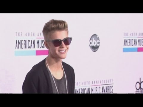 SHOCKER: Justin Bieber accused of attempted robbery