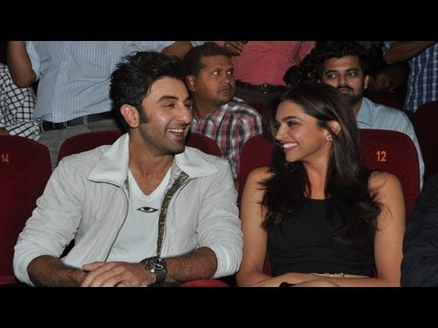Ranbir-Deepika at  Yeh Jawaani Hai Deewani  first look launch