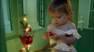 ONE YEAR OLD TWINS DECORATE *CUTENESS OVERLOAD*