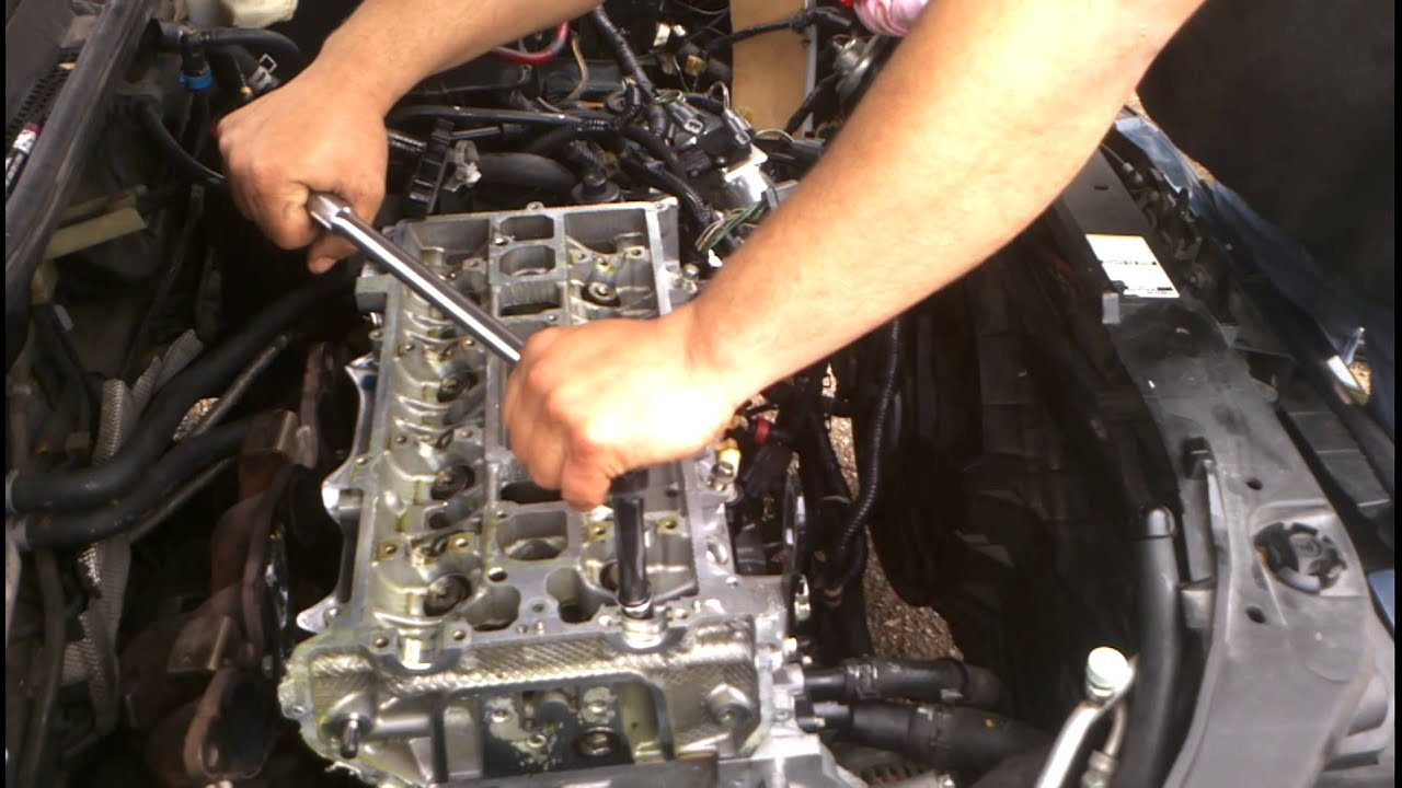 Torqueing Mazda 3 2 3 Head Youtube
