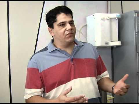 Cuidados para livrar sua geladeira das bactérias