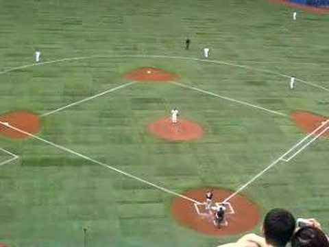 Roy Halladay vs. Paul Konerko Video