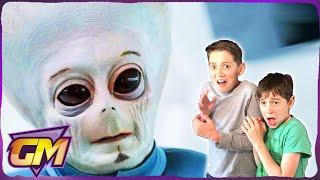 Alien 2: Cat Eaters of Neptune!! - Scary Kids Parody
