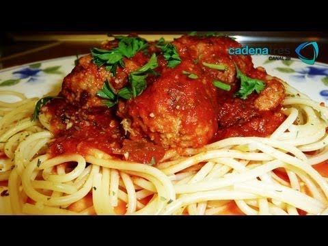 Receta de spaghetti con albóndigas de pavo. Receta de pavo / Receta de pastas / Receta spaghetti