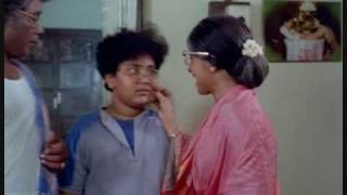 Tamil Comedy - Bhagyaraj meets his brother-in-law in Chinna Veedu