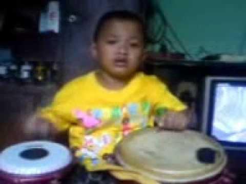 Farhan 3,5 Th ilat Tanpo Balung...latihan video
