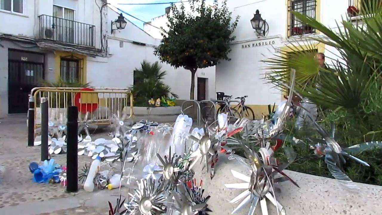 Taller de decoracion navide a con materiales reciclados s for Decoracion navidena para eventos
