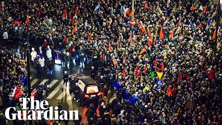 Thousands march beside coffin of murdered Gdańsk mayor