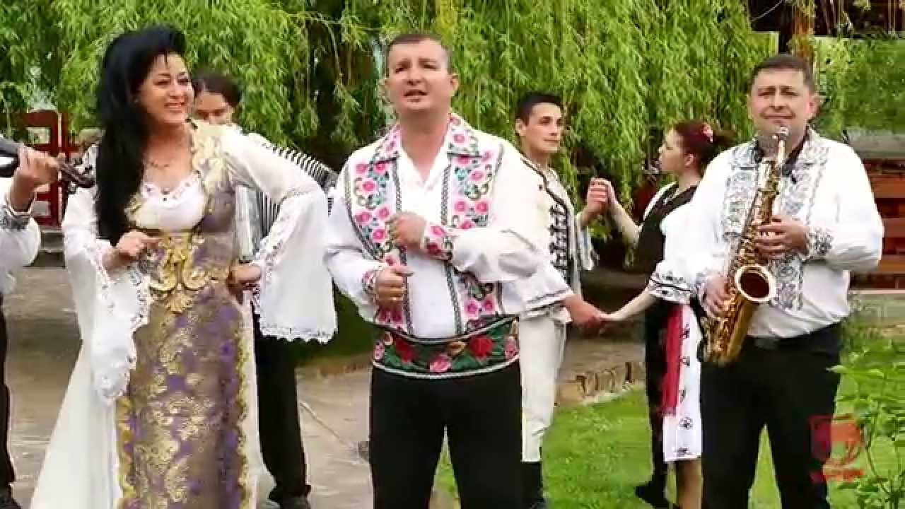 Calin Crisan & Luminita Puscas - Se duce romanul in lume` (NOU2015)