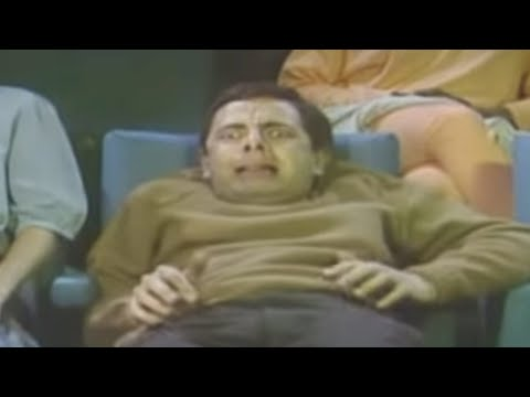 Mr Bean - Watching a horror movie Video
