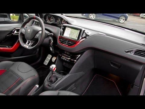 2013 Peugeot 208 GTi — Интерьер