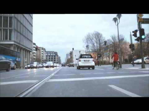 "(UP-TV) Daimler und EnBW starten ""e-mobility Baden-Württemberg"" (DE)"
