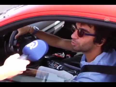 Arda Turan Yeni Ferrarisi ile Gazlıyor