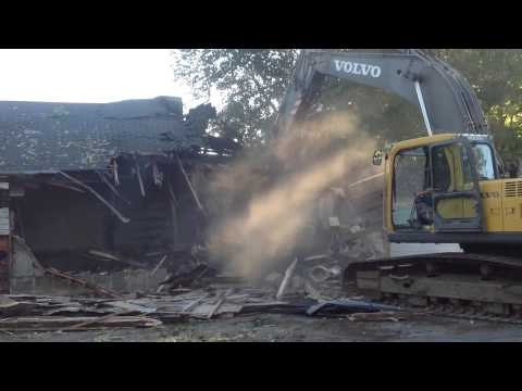 Chase Collegiate School Maintenance Shed Demolition - 09/26/2014