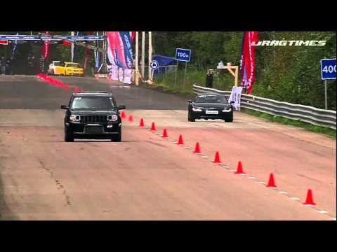 Audi R8 V10 VS Jeep grand cherokee  SRT8