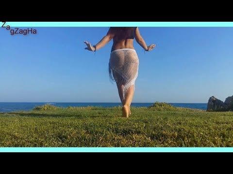 لا صافيناز  ~ دينا رقص نار ~ بالمايوه بكينى على Hot Belly ~ Dance_  despacito واى واى thumbnail