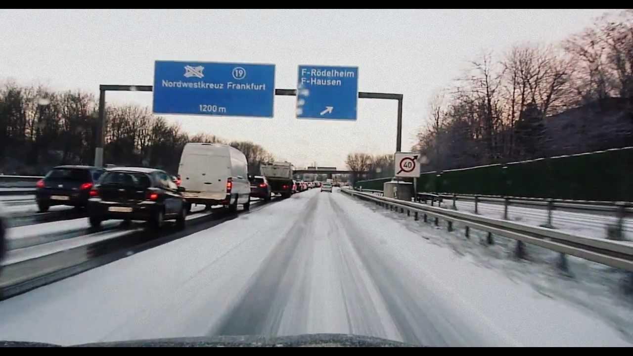 Schnee Chaos Schnee Auf Der Autobahn Deutsche