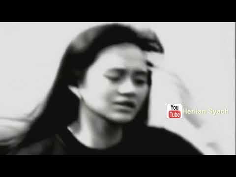 Novia Kolopaking -  Kembali (1991 Music Video Original)