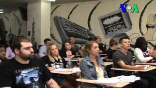 Dosen Indonesia di Indiana University of Pennsylvania (IUP) - Liputan Feature VOA Oktober 2011