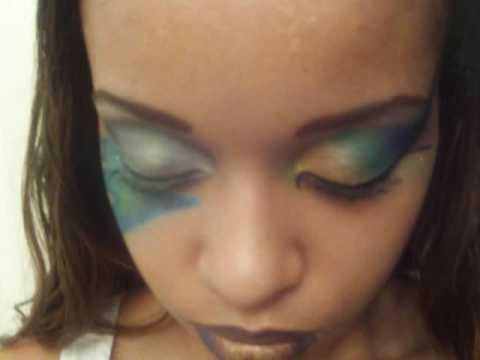Lightning Bolt Eyeliner Lightning Bolt by The Makeup