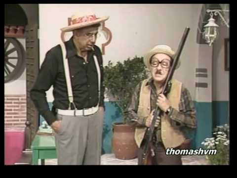 [Chespirito] Los Chifladitos - Chaparrón se casa con una escopeta 1/2