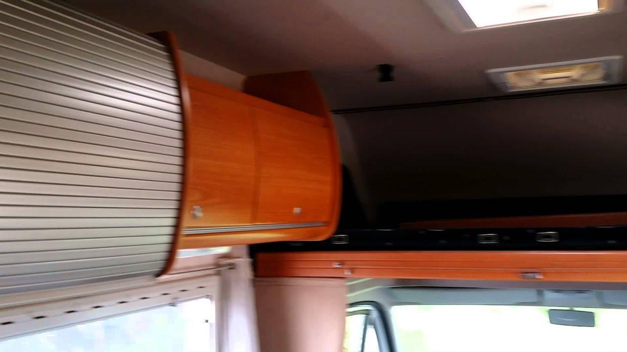 visite pilote a8 de 2004 l 39 agence du camping car youtube. Black Bedroom Furniture Sets. Home Design Ideas