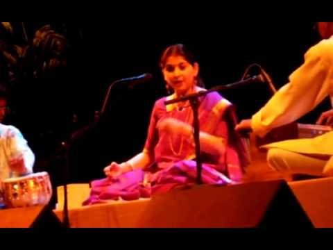 Kaushiki Chakrabarty - excerpt from raag Multani