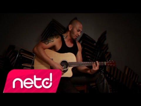 Demir Demirkan - Aşktan Öte (akustik)
