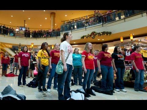 Simpson College Hallelujah Chorus Flash Mob