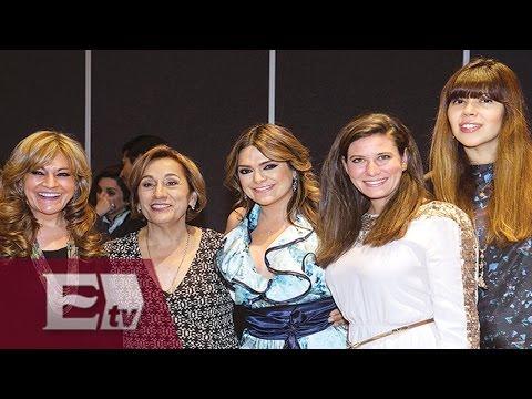 Premian a mujeres líderes mexicanas / Entre Mujeres
